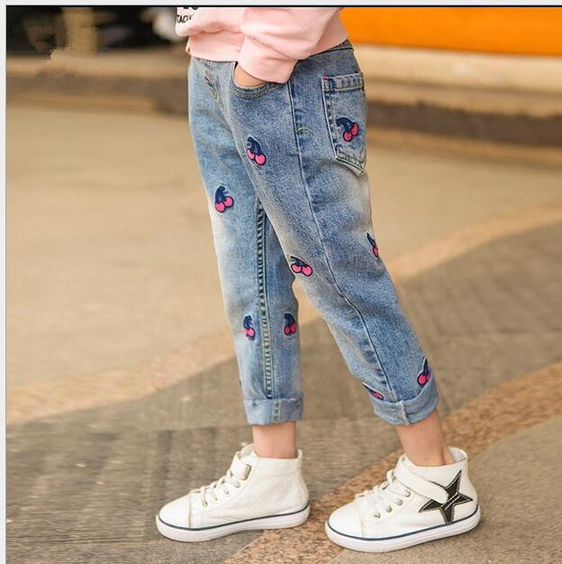 Pantalones Vaqueros de la muchacha de Primavera 2017 de Los Niños de Primavera Y Otoño Pantalones de Cerezo Bebé Nuevo Otoño Pantalones