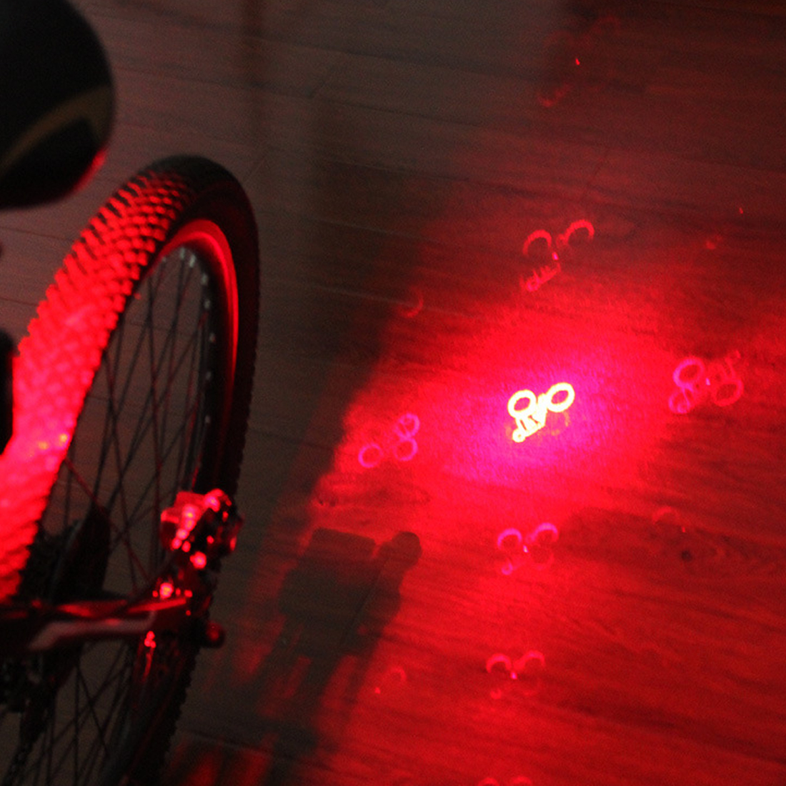 Bicycle Intelligent Turn Tail Light Signal Light Brake Light Projection fahrradlicht LED Infrared Warning Light Accessories