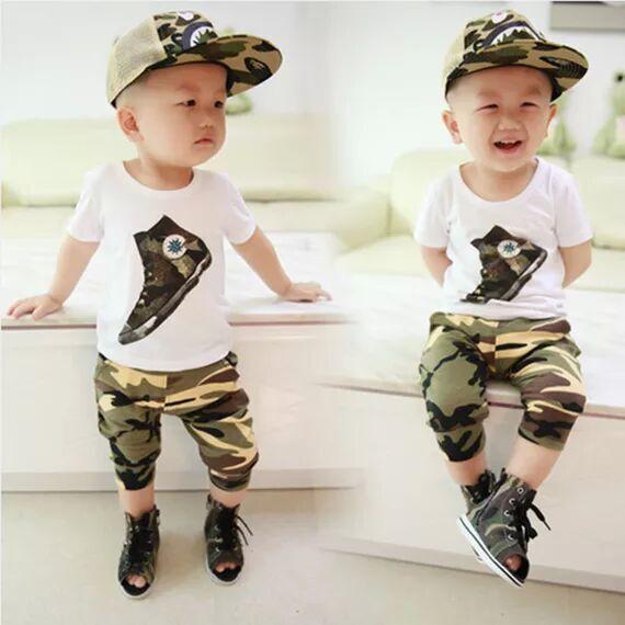 Criança meninos roupas 2016 novo estilo esporte e moda boy verão set ( t-shirt + calças curtas ) camuflagem de manga curta