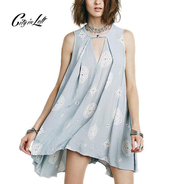 Mulheres Verão Camiseta Estilo 2016 Novas Mulheres Camisa Solta T Plus Size impresso Do Vintage Sem Mangas Azul Branco Preto T-shirt Legal M-168