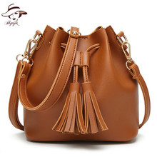 2018 New Barrel -shaped Ladies Shoulder Bags Women Tassel Totes Small Crossbody Bag With High Quality Women Causual Day Clutch