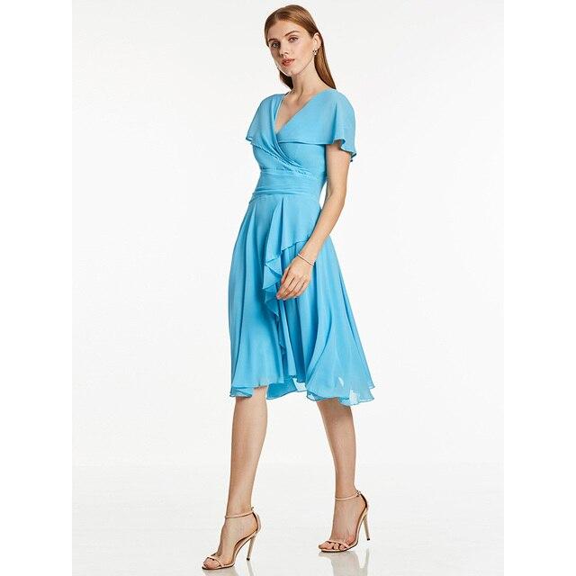 Robe de cocktail bleu glace, tenue courte à volants, col en v, sans manches, longueur genou, tenue courte, pour dames, accueil