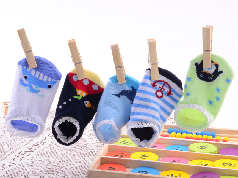 baby-shoes-The-new-ultra-popular-cartoon-nissen-lace-floor-socks-baby-socks-children-socks-cartoon-1