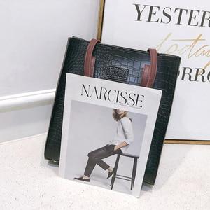 Image 3 - Fashion Crocodile Pattern Women Handbag Leather Ladies Hand Bags Luxury Handbags Women Bags Designer shoulder bag for women 2019