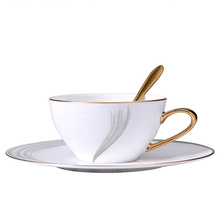 Europe coffee cup bone china Cup Mug and saucers spoon set design tazas de cafe espresso european 220-300ml