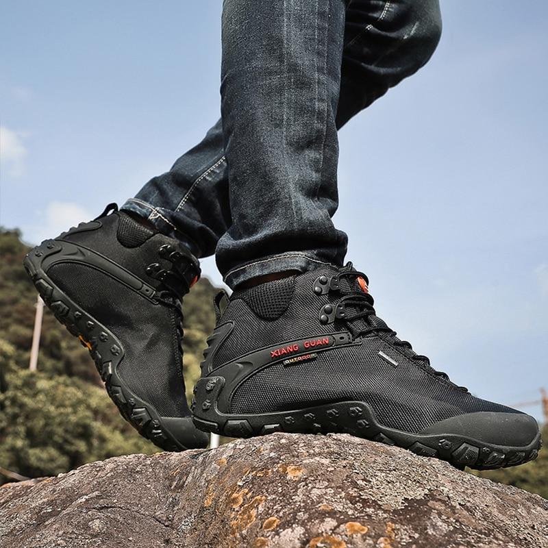 XIANG GUAN Man Outdoor Hiking Shoes