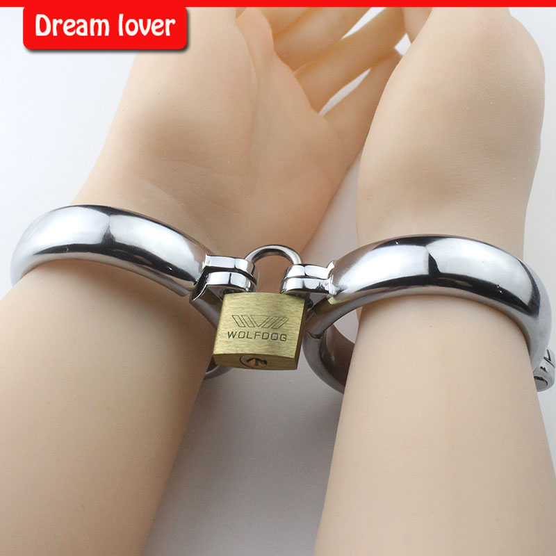 Metal Handcuffs Bandage For Female And Male,Stainless Steel Handcuffs  Locked Him/Her To Feel Bounded Fun Sexy Products