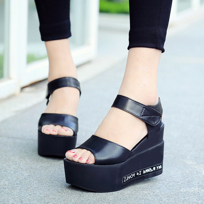 ФОТО 2017 New Summer Sandals Female Thick Bottom Fish Mouth Shoes Leisure Fashion Women Shoes All-match Woman Students