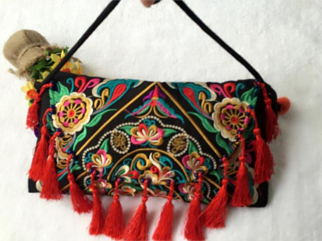Thailand Ethnic Embroidery Bag Handmade Double Side Embroidered Shoulder Messenger Clutch Tassel National Cover Handbags