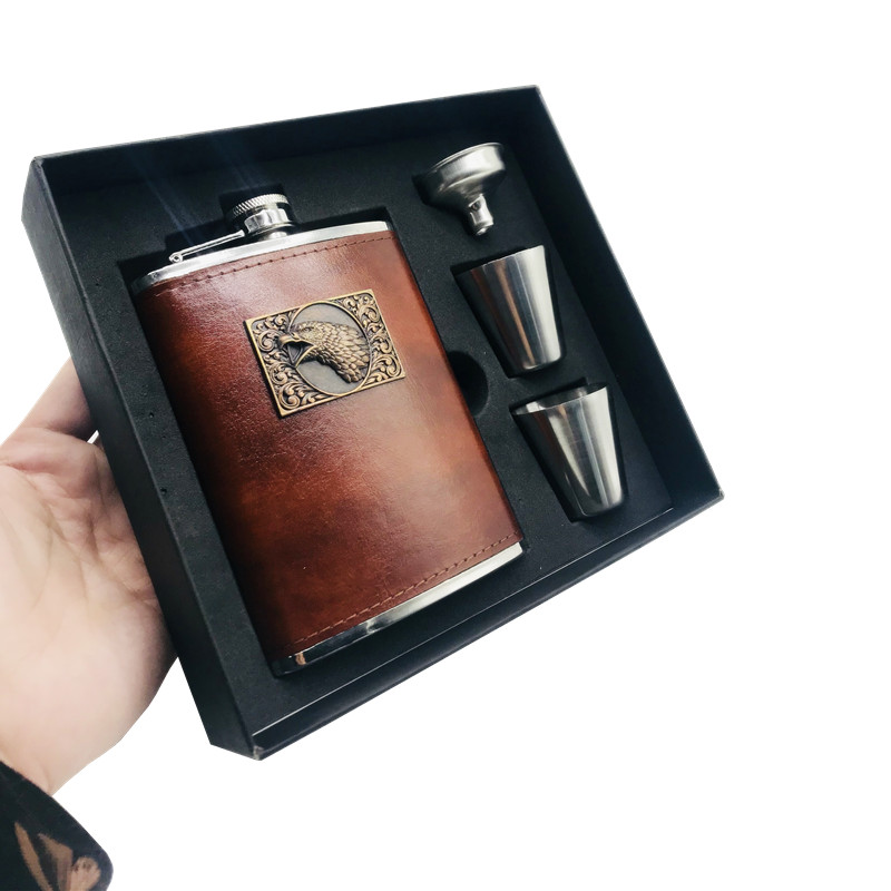 LPPUNK New arrival bpa free 8oz Moscow whisky flagon cccp Stainless steel alcohol Vodka hip flask eagle SET with black gift box