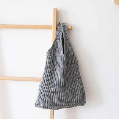 5e3b917ae6f4 Fashion Knitting Handmade Cotton Wool Rope Crochet Woven Bag Trend Women s  Handbag Straw Shoulder Bag For