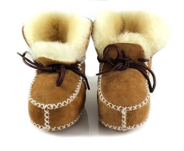 2014 bebé botas de invierno de Lana de cuero de una sola pieza del bebé zapatos de bebé zapatos de niño suave suela botas de nieve invierno niño