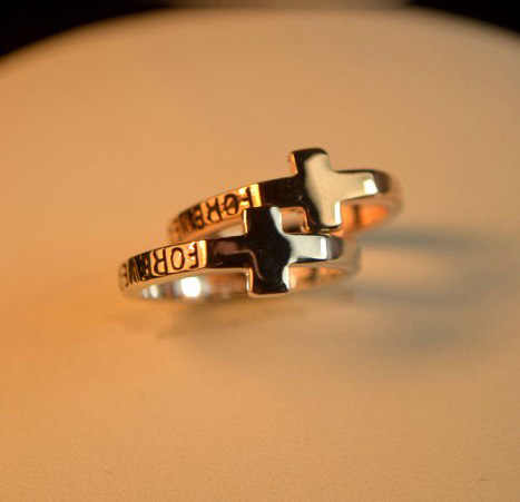"Trendy Cross Rings Stylish Letters ""Forever"" Golden Rings for Women Accessories"