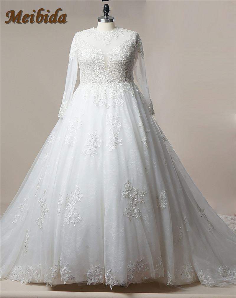 Stunning long sleeve lace wedding dresses 2017 luxury for Wedding dresses with crystals beading