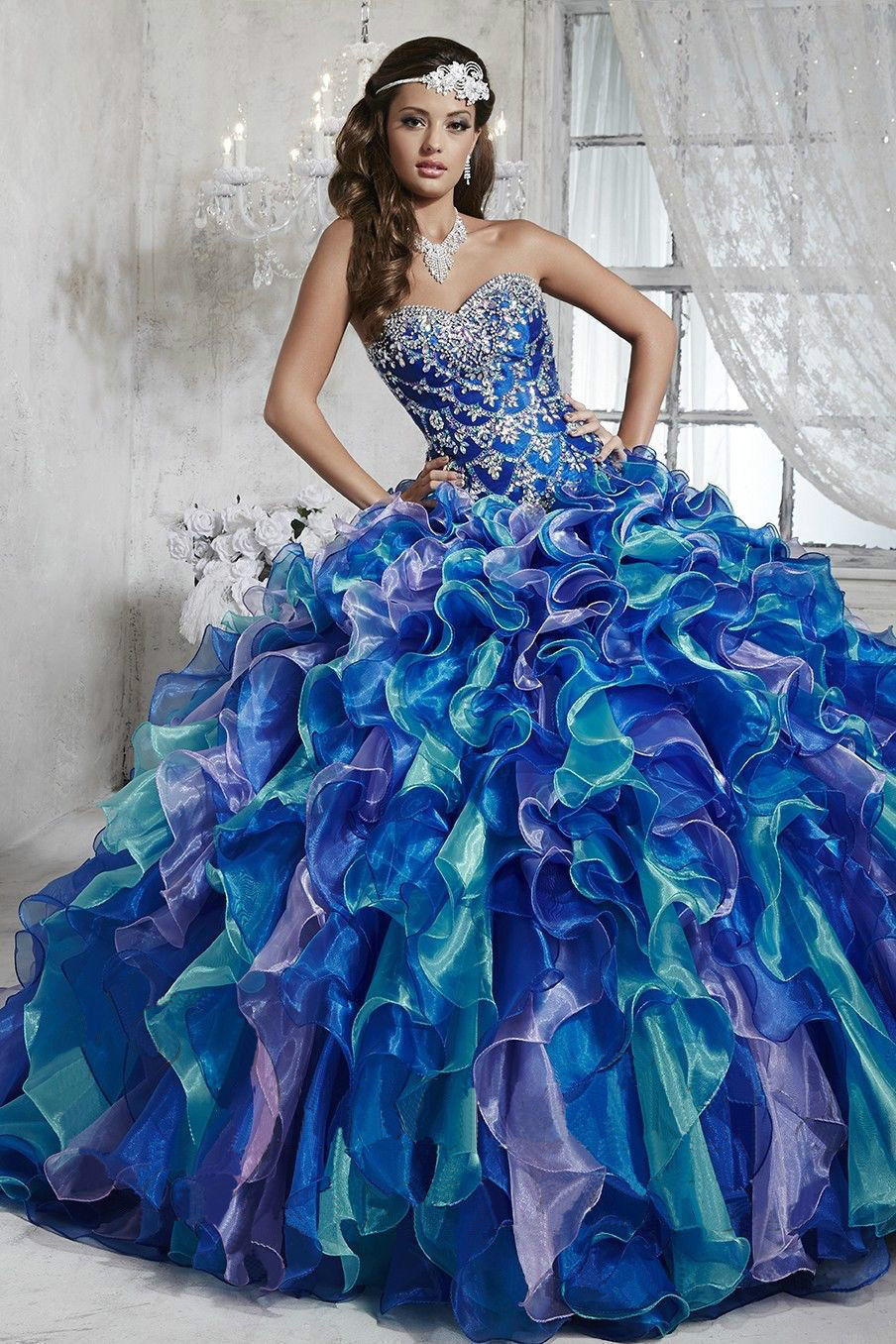 Sexy 2017 Royal Blue Quinceanera Dresses Ball Gown Beaded