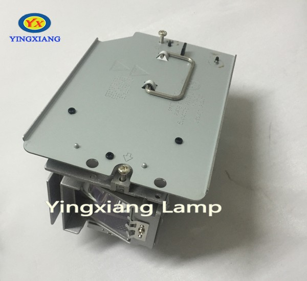 все цены на Cheap Projector Lamp With Housing 5811117901-SVV For Vivitek Projector D7180HD D803W D803W-3D D805W D805W-3D онлайн