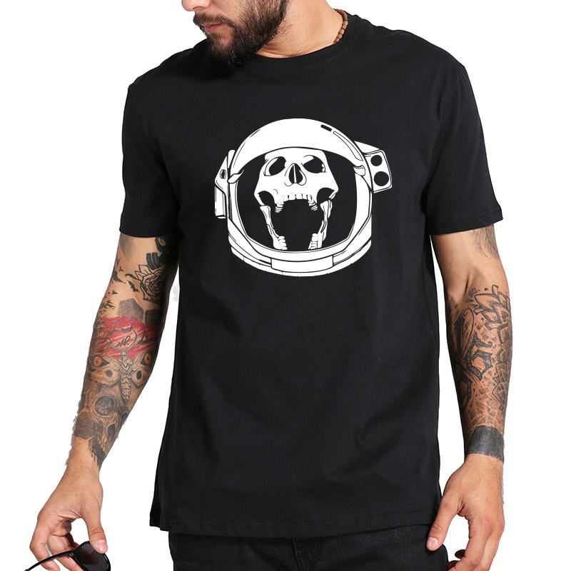 Astronaut Skull Tshirt Skeleton Pilot Cool Anime Camiseta Homme Black And White Cotton Hipster Tee shirt Men
