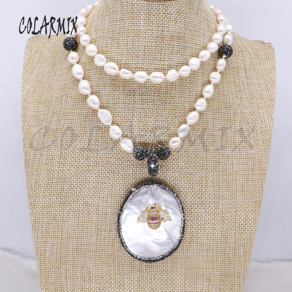 где купить Natural shell &tiny bee pendant Natural pearls strand pendant necklace long pearls necklace handmade jewelry gift for lady 4111 по лучшей цене