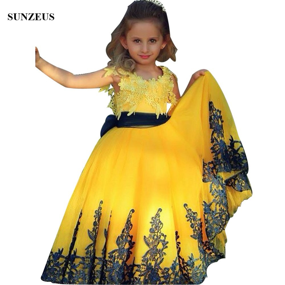 Beautiful Bright Yellow   Flower     Girl     Dresses   With Dark Navy Appliques Lace Children Party Gowns Saudi Arabic Design Kids   Dress