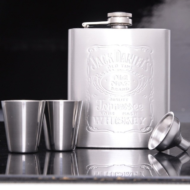 New 7 Ounces (200ml) capacity stainless steel portable hip carry-on flagon wine pot alcoholic drunkard essential bracelet flask