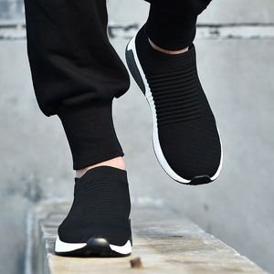 Image 1 - 2019 קיץ שחור סניקרס לטוס Weave נעלי גברים להחליק על לנשימה Tenis למבוגרים מקרית מאמני Krasovki Chaussure Homme Kadin Ayakkabı