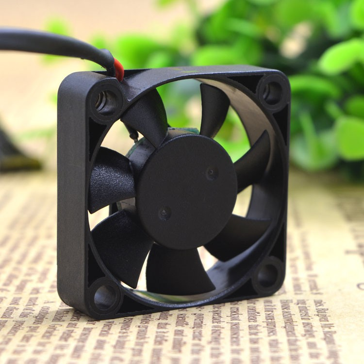 ADDA AD0412HB-G70 12V 0.10A 4CM 4010 Double ball bearing silence cooling fan