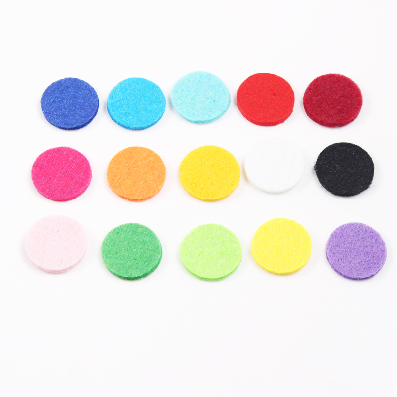 Top Quality Car Perfume Locket Pendants 316L Stainless Steel Round Shape Screw Car Amoratherapy Diffuser Lockets 10pcs Free Pads in Pendants from Jewelry Accessories