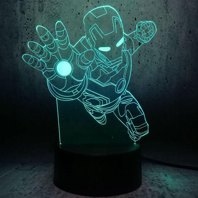 3D Iluminação Noturna de Super-heróis Homem De Ferro Ação Figura Novidade Multicolor Presentes de Brinquedo do Miúdo Quarto Mesa de Cabeceira Luz Lâmpada LED lampada
