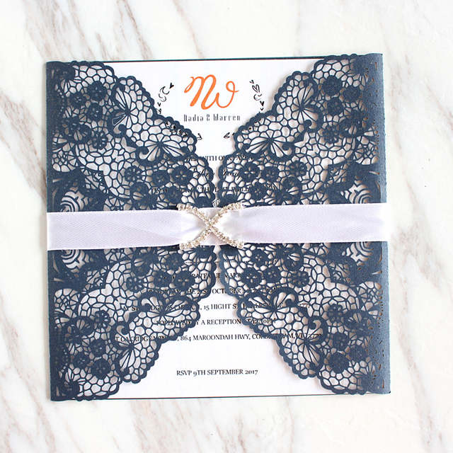 Jeweled White Lace Wedding Invitations With Inserts Envelopes Vintage Anniversary Invitation Card Holder 5 9 X5 50pcs Lot