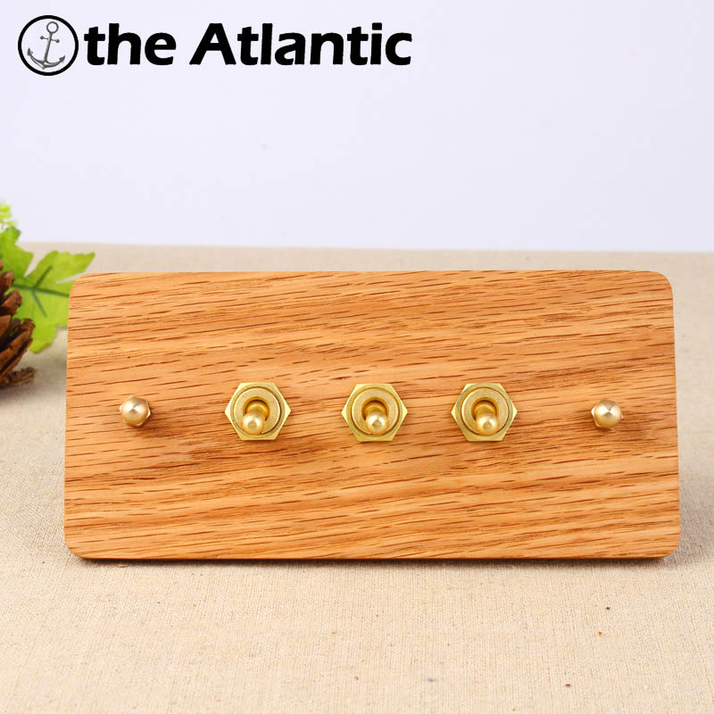 2017 Hand Made Wall Switch 3 Gang 1/2 Way Universal Standard European Retro Switch 10A 110-250V Wood Panel Brass Lever 154*75mm цена