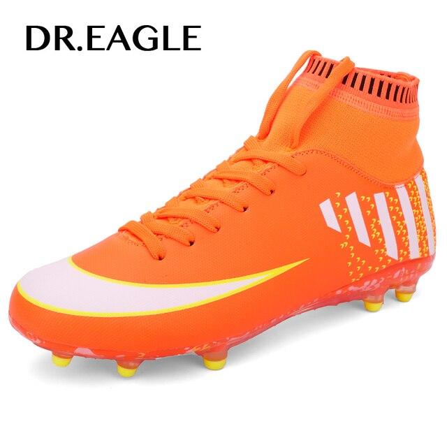 Homens Futebol Sapatos Botas Longas Spikes chuteiras Sapatos de futebol  profissional Do Esporte Tênis Masculino Ao 0c5e9a7acd2bc