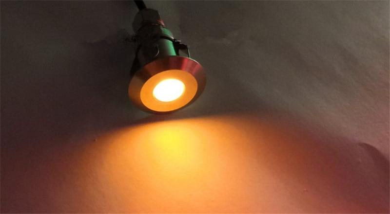 luz do assoalho ao ar livre foco 02