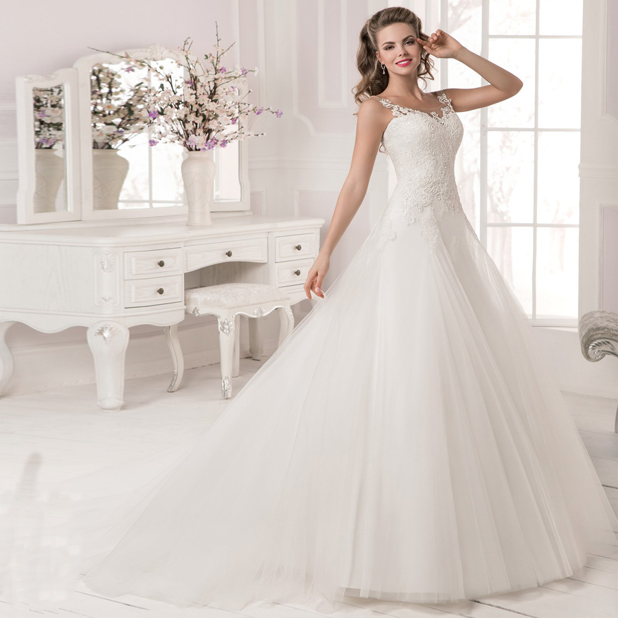 Hot Discount 2019 Eleagnt Scoop Neck Lace Wedding Dress