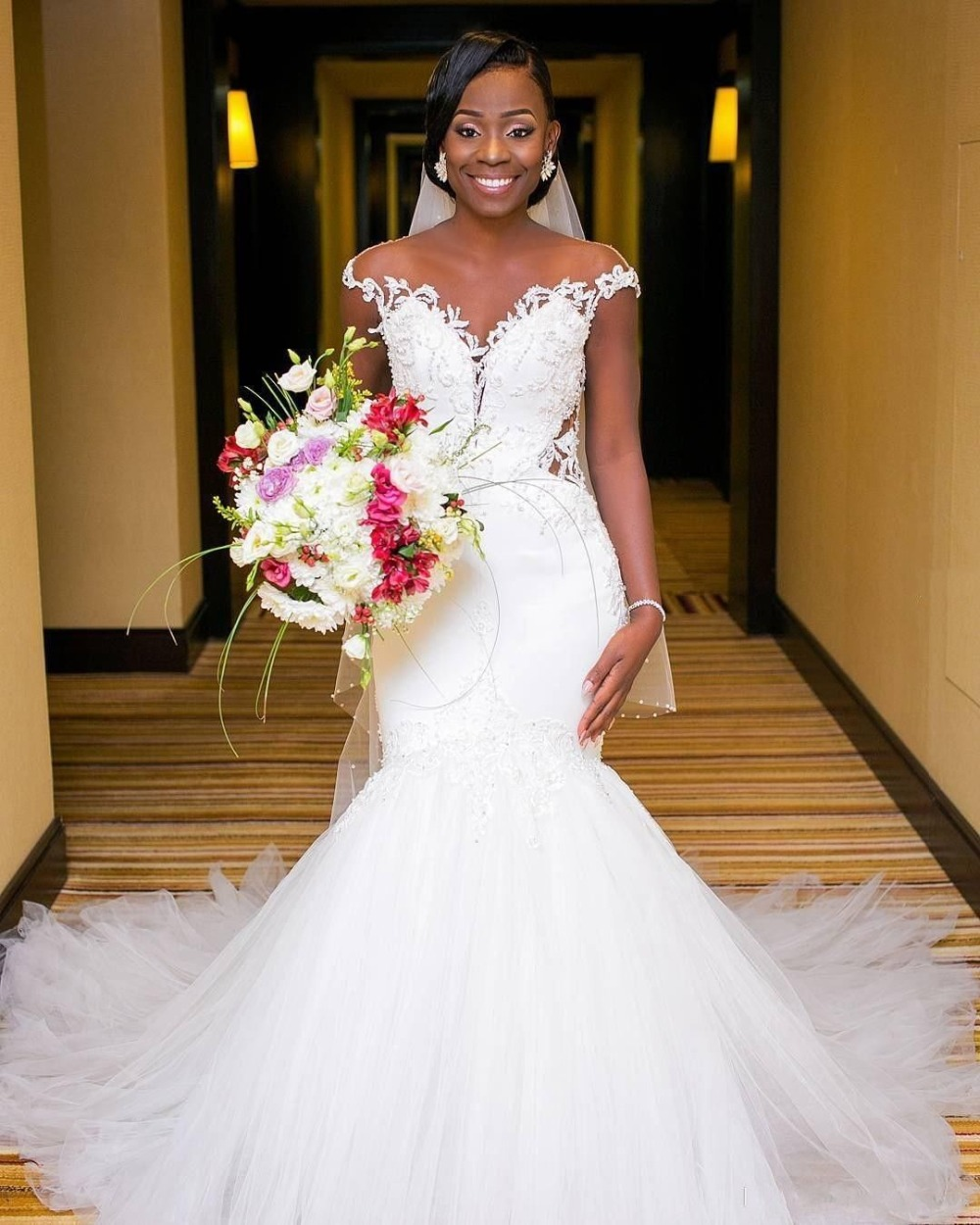 Lace Wedding Dresses With Cap Sleeves: African Cap Sleeve Wedding Dresses Lace Mermaid Bridal