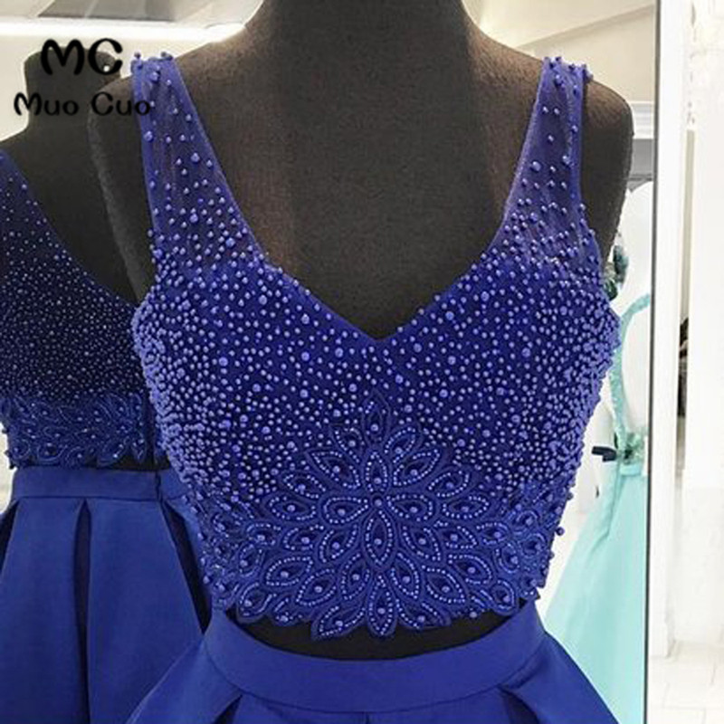 Royal blue satin two piece V neck halter short prom dress, mini beaded party dress3
