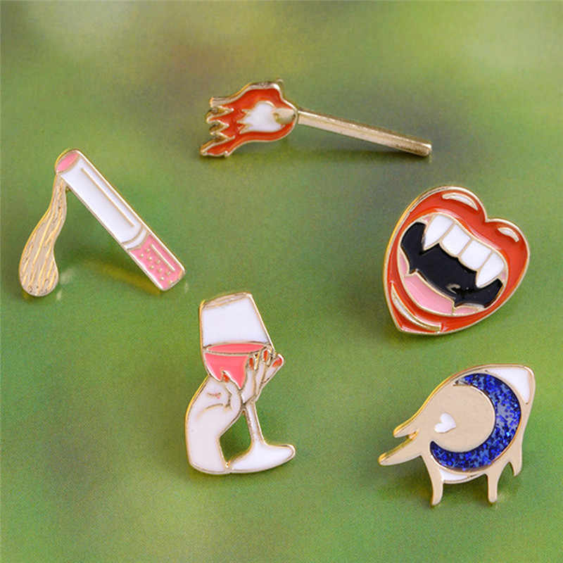 1 PC Fashion Pertandingan Rokok Gelas Anggur Vampire Mulut Logam Bros Pin Perhiasan Enamel Pin Bros