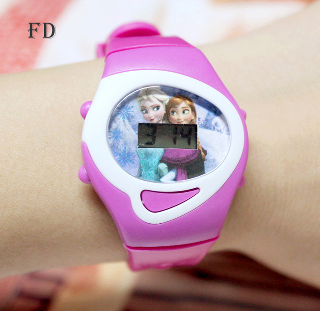 FD 2018 Casual kinderen sport digitaal polshorloge Hot Princess Elsa patroon Cartoon horloge roze rubberen band LED Girls Kids klok