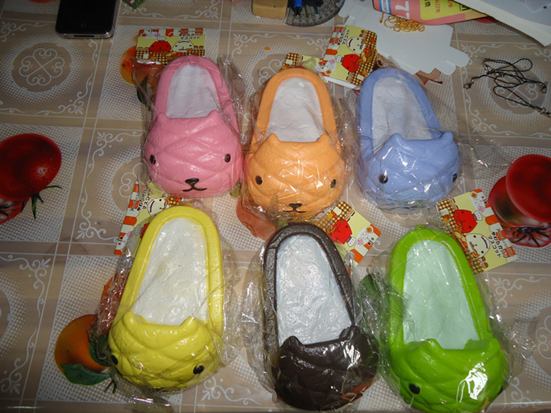 20pcslots Jumbo 14cm Kapibarasan Shoes Squishy With Tags In Kitchen