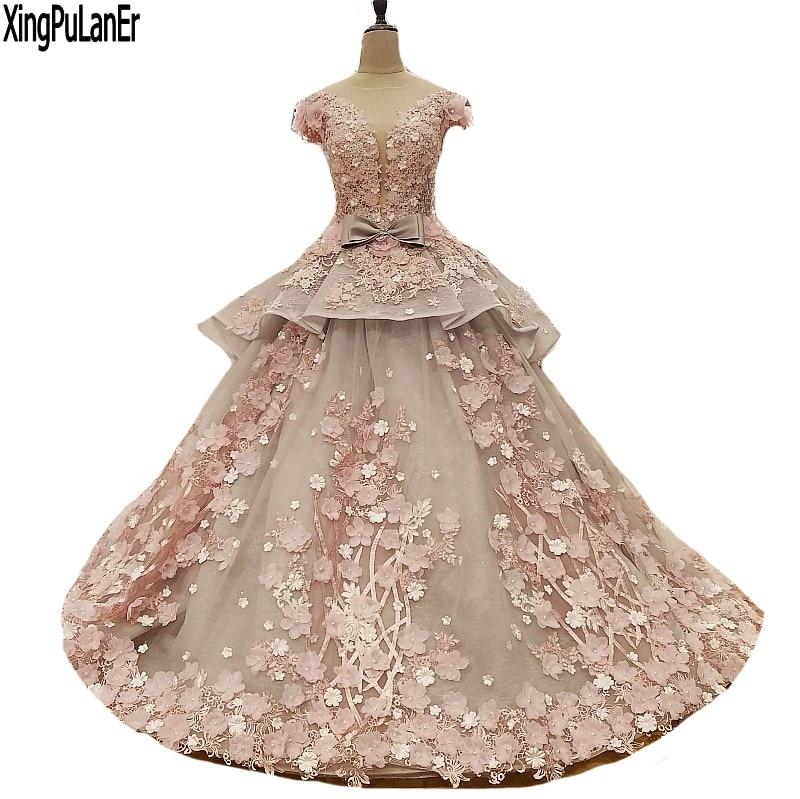 Fantastiska handgjorda blommor Lace Ball Gown Aftonklänningar 2018 Vestido De Festa O-Neck Tulle Custom Made Charmiga Brudklänningar