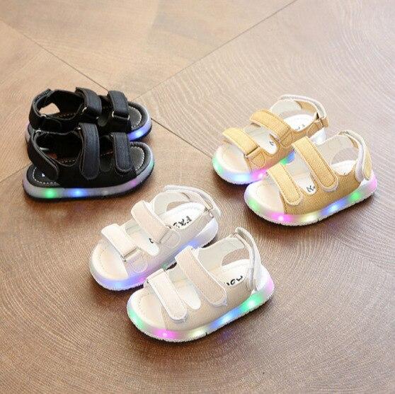45e3f1f63 Hombre mujer niño Sandalias niñas sandalias deportivas luz LED niños  antideslizantes zapatos del deporte del bebé niños playa cuero sandalias en  Sandalias ...