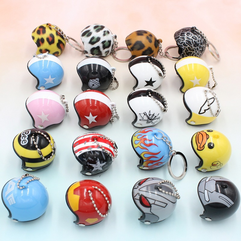 2019 New Creative Motorcycle Safety Helmets Car Auto Keychain Super Hero Cute Cartoon Bags Key Ring Toys Women Man Gift Jewelry