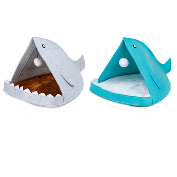 Creative Cute Pet Bed Blue Gray Shark Shape Dog Cage With Hanging Hairball All Season Breathable Cat House Pet Sleeping Supplies 2