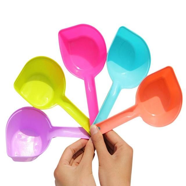 Candy Color Dog Pet Food Scoop Plastic Scoop Shovel Puppy Feeding Pet Dog Acessorios Dogs Pets Accessories