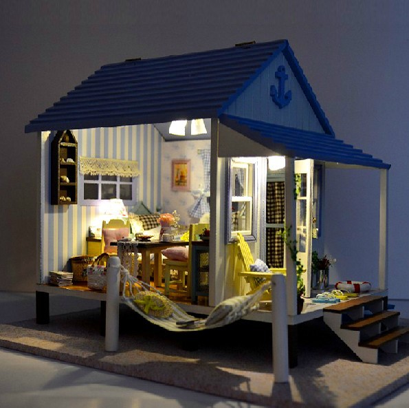 ФОТО Wooden Toys DIY Dollhouse Miniature Happiness Coast House   Kids 3D Assembling Doll House with furniture Casas de Madeira