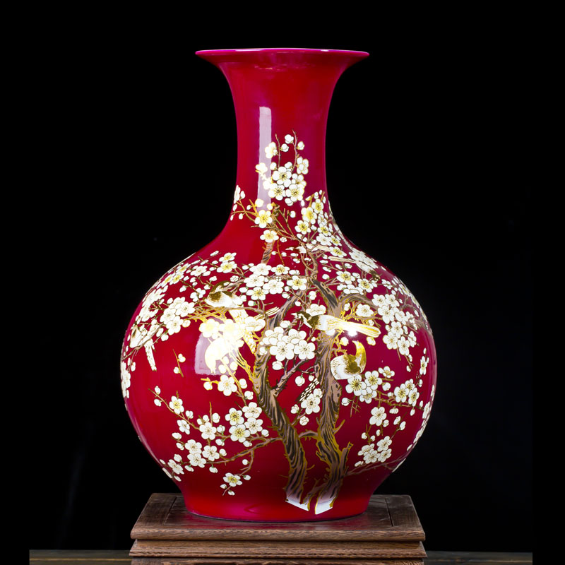 Jingdezhen Chinese Red Ground Large Sized Ceramic Vase The Magpies