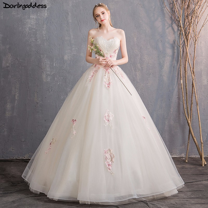 Elegant Champagne Wedding Dress 2018 Strapless Color Appliques Lace Beaded Sexy Backless Bridal Gowns Plus Size Robe de mariee