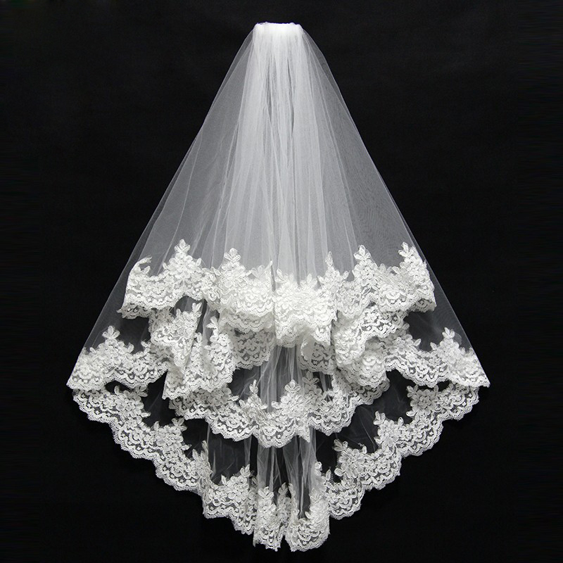 Bridal Veil Short With Comb Lace Appliqued Edge Tulle Bridal Veil Two Layer 75 CM Elbow Length Wedding Accessories 2018(China)