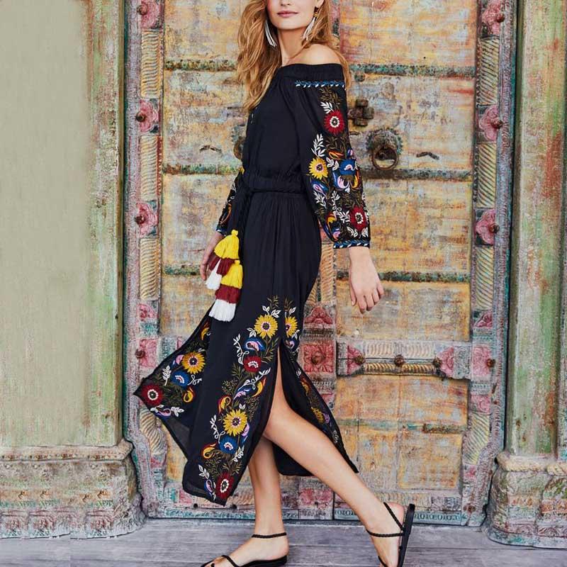 2018 printemps épaule dénudée Ukraine femmes robe broderie ethnique garniture de gland fente Vintage Long Chic robes bohème robes