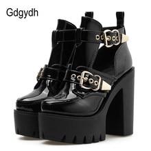7d68bfcebce Gdgydh 2019 nueva moda Primavera hebilla botas para mujeres de cuero  remaches zapatos de tacones altos en verano de tacón grueso.