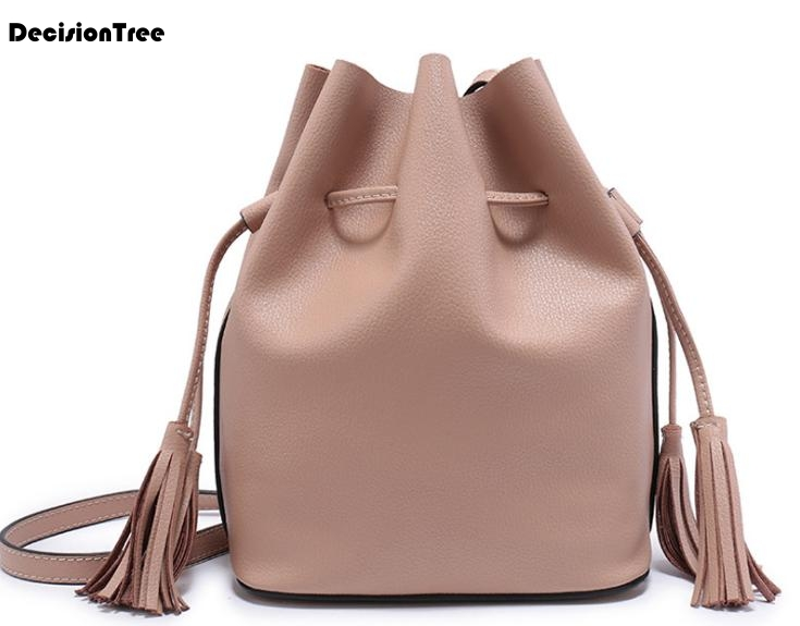 New Genuine Leather Tassel Scrub Bucket Bag Fashion Simple Female Shoulder Bag Vintage Hot Messenger Bag Elegant Handbag C072New Genuine Leather Tassel Scrub Bucket Bag Fashion Simple Female Shoulder Bag Vintage Hot Messenger Bag Elegant Handbag C072